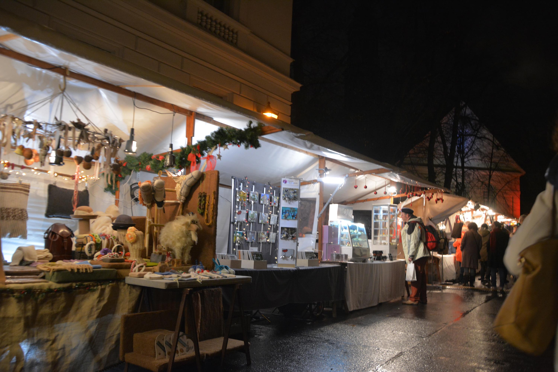 Weihnachtsmarkt in der Sophienstraße. Foto: Ulrich Horb