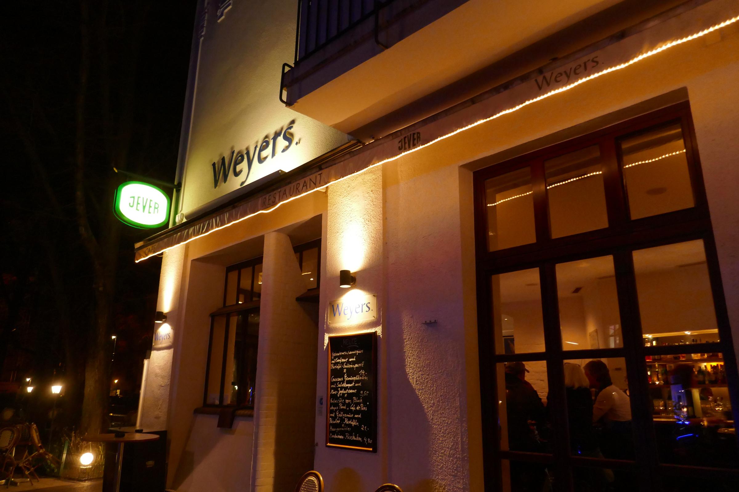 Weyers, Pariser Straße. Foto: Ulrich Horb