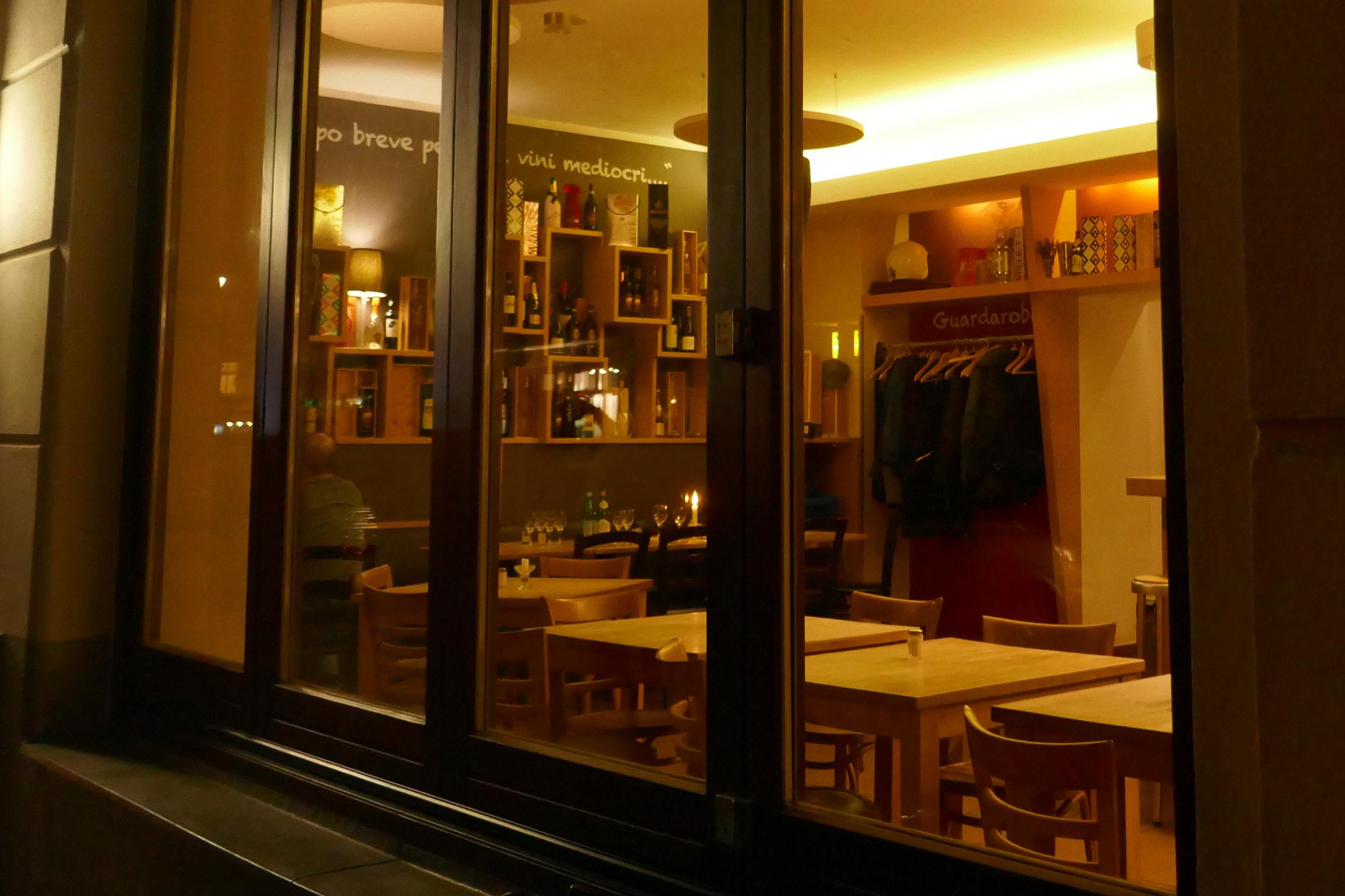 Restaurantöffnung: Neue Abstands- und Hygieneregeln sind vorgeschrieben. Foto: Ulrich Horb